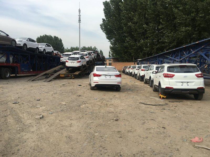 西安到乌鲁木齐商品车托运公司装车流程